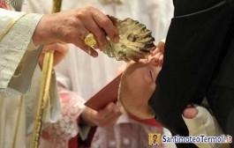Battesimo: meglio da adulti o da bambini?