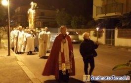 Fiaccolata in onore di San Timoteo a Rio vivo nella vigilia della festa dell'11 maggio 2016