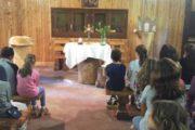 Campo scuola parrocchiale Lago Laceno 2016: Adorazione Euc. e preparativi teatro e pizza (Quinto giorno)..