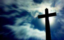 Lo scandalo della croce come utero della vera vita. Venerdì Santo.