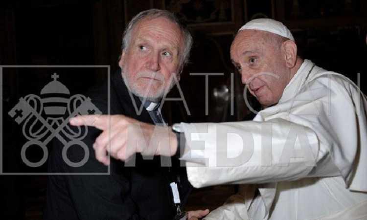 Papa Francesco telefona a don Benito